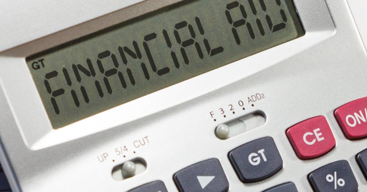 HOW DO SCHOOLS CALCULATE YOUR FINANCIAL AID?